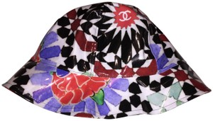 Chanel NWT NEW CHANEL gorgeous Hat M