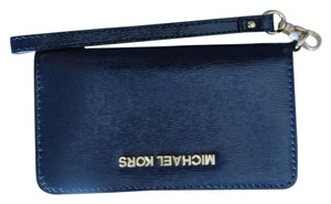 Michael Kors Designer Patent Leather Gold-tone Hardware Wristlet in Navy