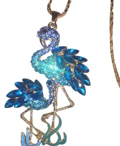 Betsey Johnson Stunning Pair of Flamingo Egret Birds Embellished in Turquoise Crystals Pendant on Gold Chain