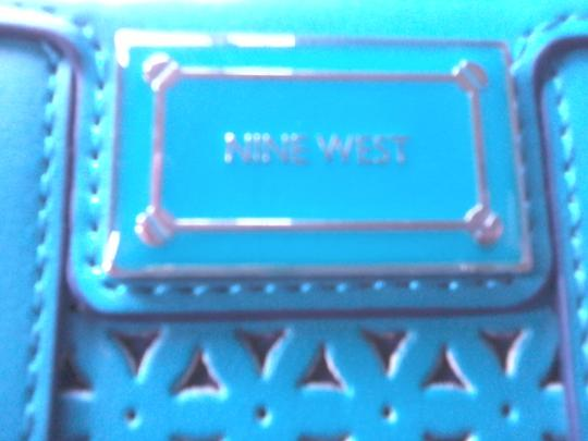 Nine West turquoise wallet