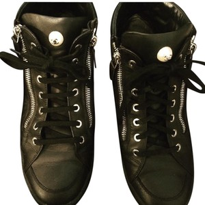 Chanel Sneakers Coco Pearl Black Athletic