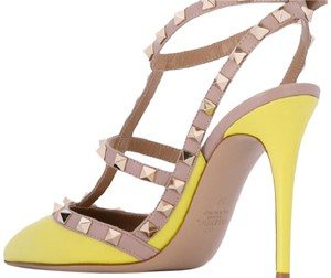 Valentino Leather yellow Pumps