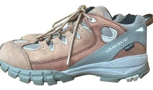 Vasque Waterproof Comfortable Quality Traction Hiking Boots