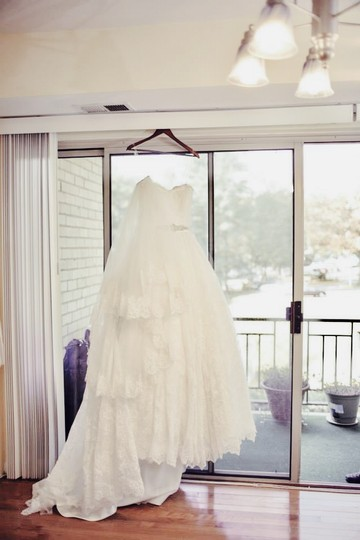 Cristiano Lucci Ivory Lace Full Gown Pricedrop Collection-unaltered* Sienna Feminine Wedding Dress Size 10 (M)