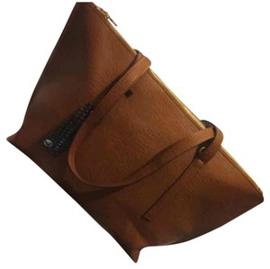 Street Level Tote in Brown