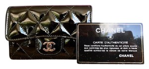 Chanel CHANEL Black Quilted Patent Leather Cardholder
