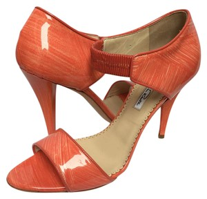 Oscar de la Renta Orange Patent Leather Made In Italy Tangerine and peach Pumps