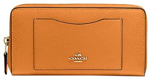 Coach 58104 Crossgrain Leather Accordion Wallet