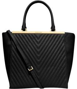 Michael Kors Mk Leather Lana Crossbody Stap Tote in Black