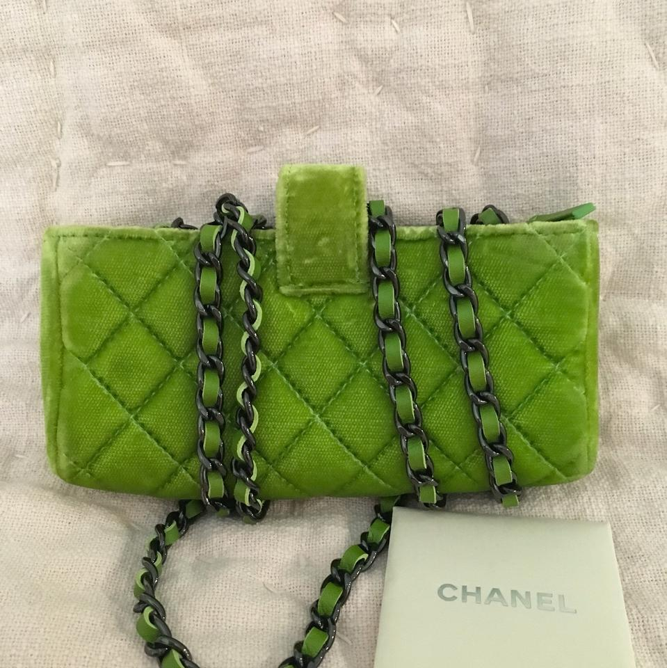 ca34a58f0017 Chanel Cell Case Lime Green and Black Velvet Cross Body Bag - Tradesy