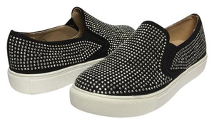 Wanted Fashion Studded Rock N Roll Fun Comfortable black/silver studs Athletic