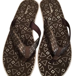 Clarks New Never Worn Silver/pewter Sandals