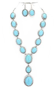 Marvel Boho Chic Antique Silver Turquoise Necklace and Earrings