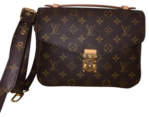 Louis Vuitton Metis Pouchette Metis Neverfull Favorite Eva Cross Body Bag