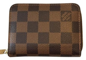 Louis Vuitton N63070