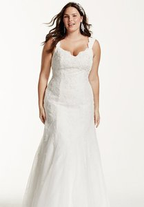 David's Bridal 9v3643 Wedding Dress