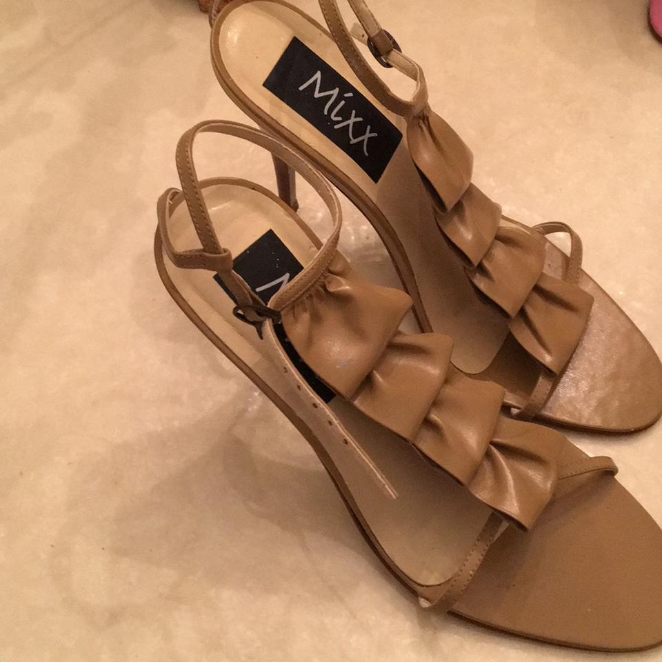 ae168713e8f Mixx Shuz Tan Sex and The City Sandals Size US 10 Regular (M