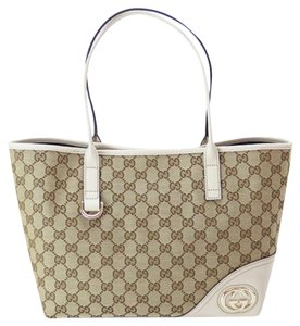 Gucci Tote in beige/off white