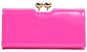 Ted Baker NEW!!! TAGS SUMMER HOT PINK PATENT LEATHER WALLET BAG NWT