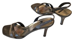 Stuart Weitzman Pewter Formal