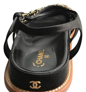 Chanel black/gold Sandals