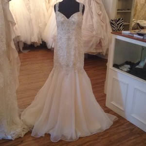 Maggie Sottero Ivory Over Gold Chiffon 5mt652 Formal Wedding Dress Size 10 (M)
