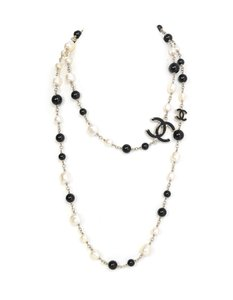 Chanel Chanel Black Bead & Ivory Faux Pearl CC 46