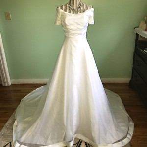 Classic Wedding Dress Wedding Dress