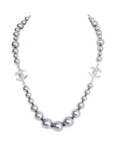 Chanel Chanel Grey Graduated Faux Pearl & Crystal CC Choker Necklace