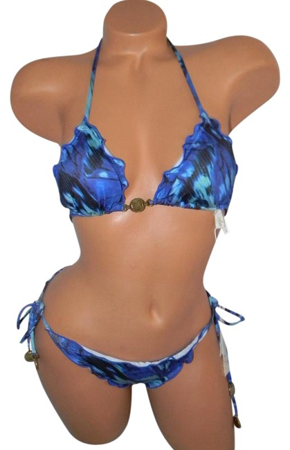 Item - Tropical Multi L Blue Monograamed Coins Triangle S/L Bikini Set Size 6 (S)
