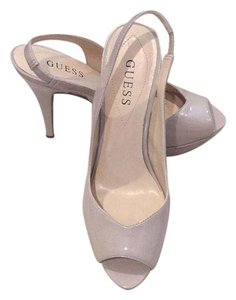 Guess bone Pumps