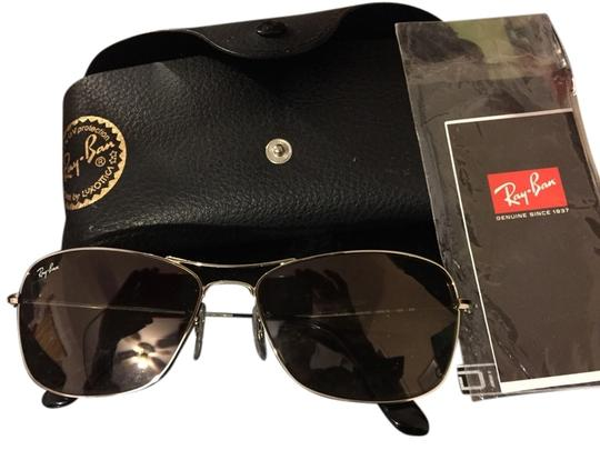 Preload https://item1.tradesy.com/images/ray-ban-silver-aviators-sunglasses-2127945-0-0.jpg?width=440&height=440