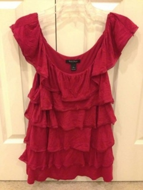 Preload https://item1.tradesy.com/images/white-house-black-market-red-ruffle-dressy-tank-night-out-top-size-12-l-21280-0-0.jpg?width=400&height=650