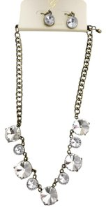 Glam Classic, Vintage Necklace Set with Crystal-Clear Stones.