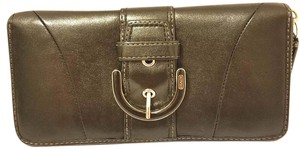 Coach EUC Black Leather Wallet with Zip Close