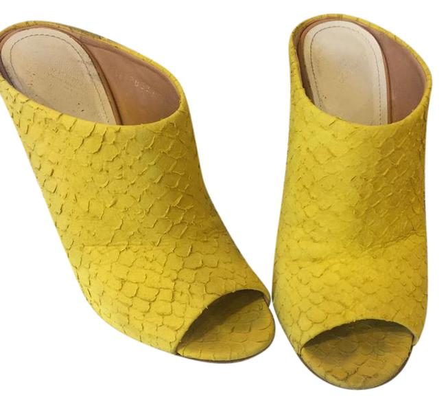 Item - Yellow Mules/Slides Size US 8 Regular (M, B)