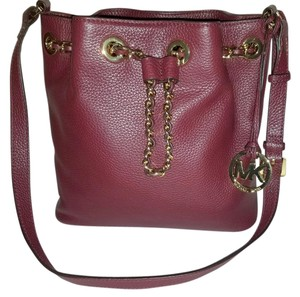 Michael Kors Frankie Bucket Bucket Cross Body Bag