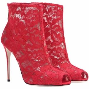 Dolce&Gabbana Chanel Pumps Red Boots