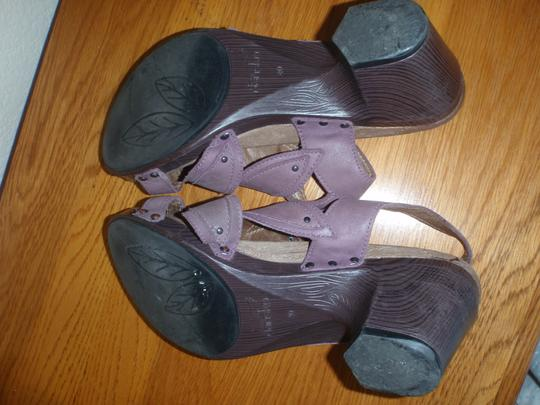 Dansko Sandal Pumps Woman purple Formal Image 2