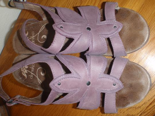 Dansko Sandal Pumps Woman purple Formal Image 4