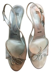 Vera Wang Metallic Rhinestone Crystal Silver Sandals