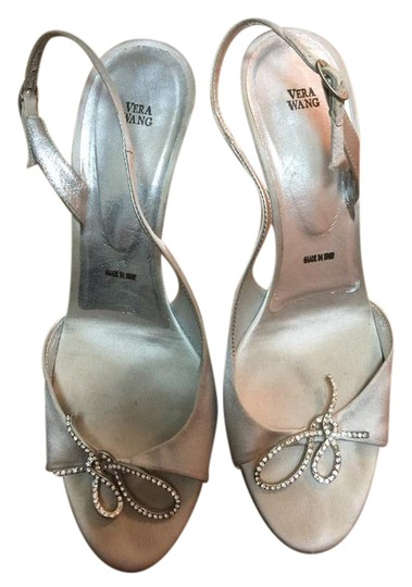 Preload https://img-static.tradesy.com/item/21282892/vera-wang-silver-metallic-rhinestone-heels-sandals-size-us-7-regular-m-b-0-1-540-540.jpg
