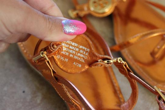 Tory Burch Metallic Leather Thong Ankle Strap Ali Gold Hardware Reva Logo Orange Sandals