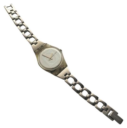 Preload https://img-static.tradesy.com/item/21283671/swatch-silver-watch-0-1-540-540.jpg