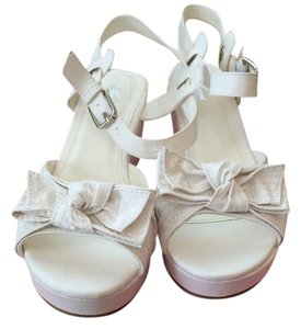 Wanted WHITE Sandals