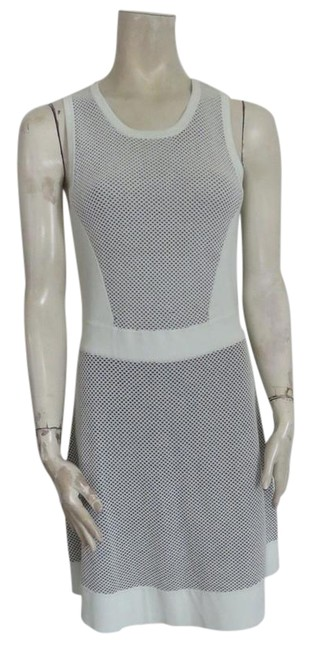 Preload https://img-static.tradesy.com/item/21284164/rag-and-bone-very-pale-green-and-stretchy-short-casual-dress-size-8-m-0-1-650-650.jpg