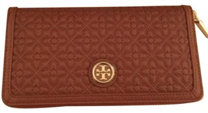 Tory Burch BRYANT QUILTED LUGGAGE BROWN