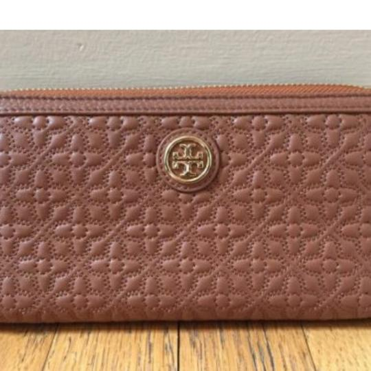 Tory Burch BRYANT QUILTED LUGGAGE BROWN Image 1