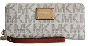 Michael Kors Jet Set Travel Continental Wallet Wristlet