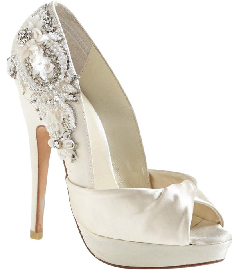 b82dbdedb0f7 Menbur Ivory Narke Satin Embellished Bridal Pumps Size US 10 Regular ...